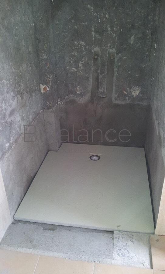 Colocación del plato extra plano a nivel de pared