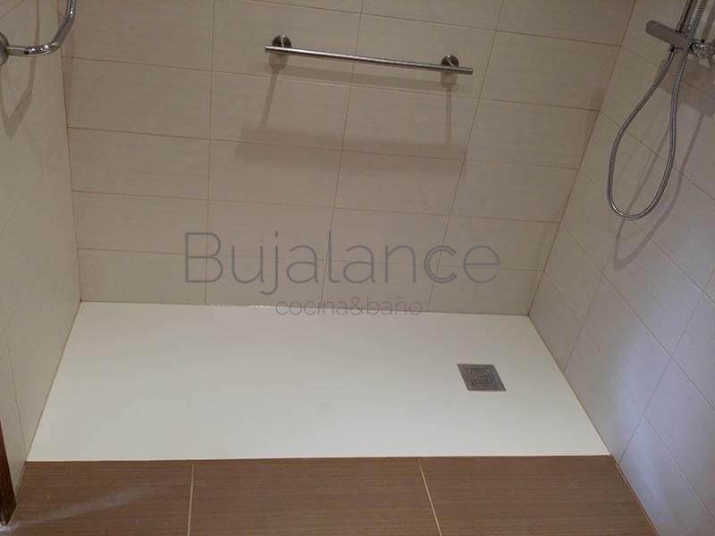 Plato de ducha extra plano para personas con movilidad reducida en Graus(1)